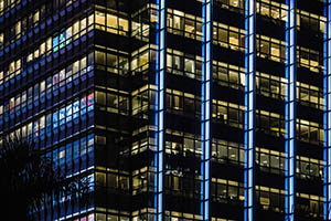 night_building_300x200