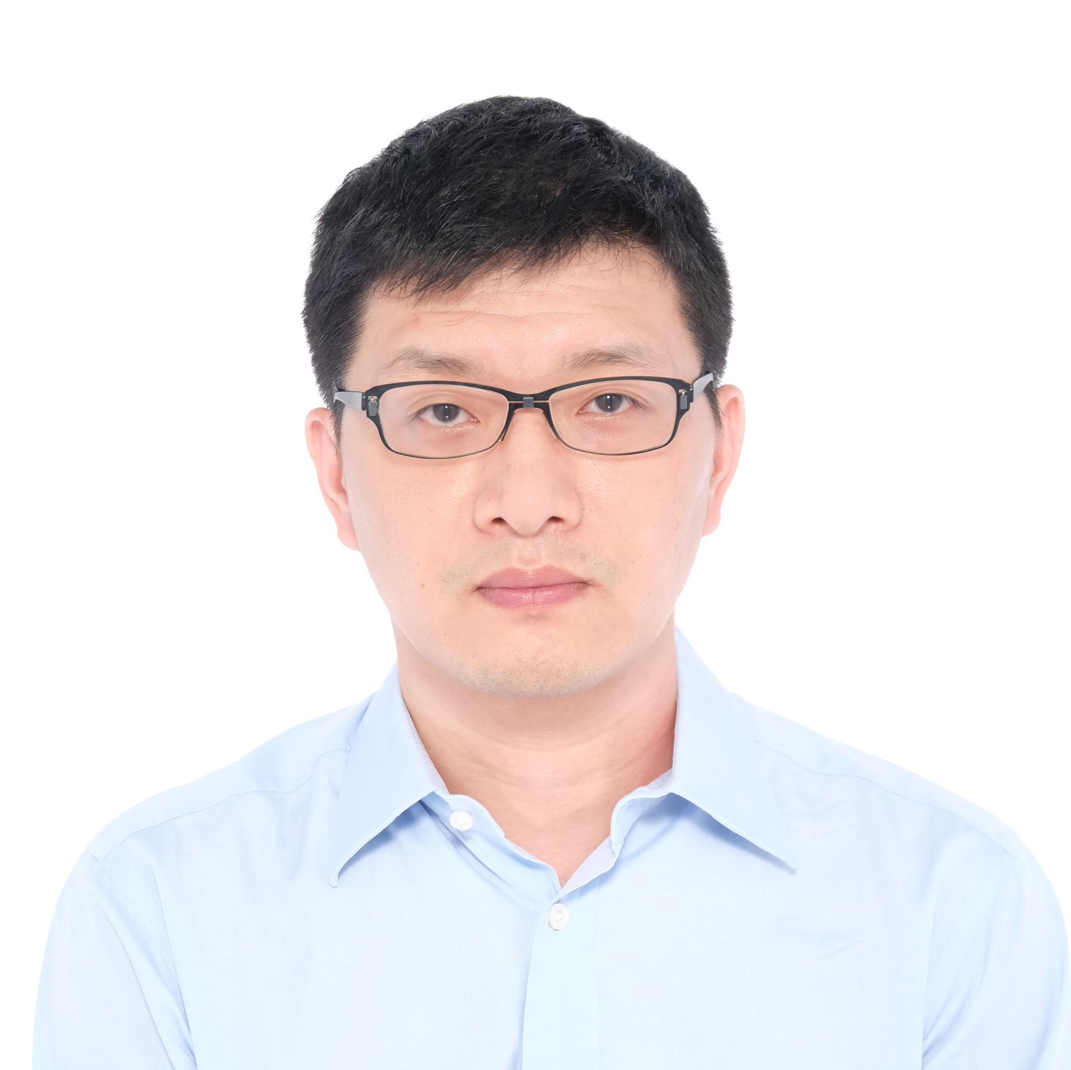 Zhenze Lin